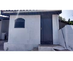 Aluga-se casa no Alvinópolis