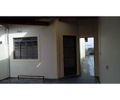 Ótima casa no Jardim Alvinópolis - Locação