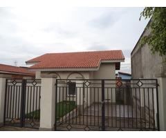 Casa em Atibaia Ótimo local